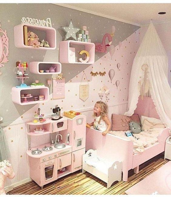 decoração de quarto de bebê menina